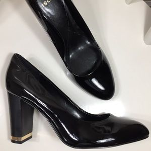 Isola Black Patent Leather Gold Trim Heeled Pumps